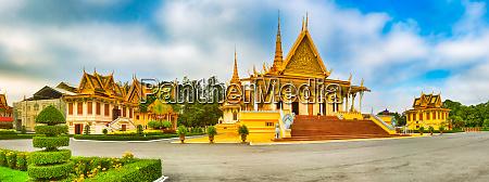 tronsalen inde i kongeslottet i phnom