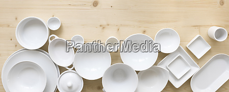 moderne hvid porcelaen i forskellige designs