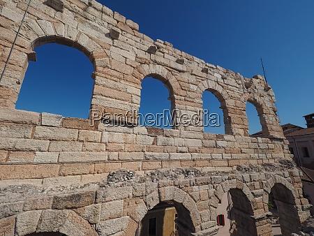 verona arena roman amphitheatre