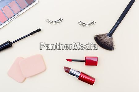 dekorative kosmetik makeup produkter og borster