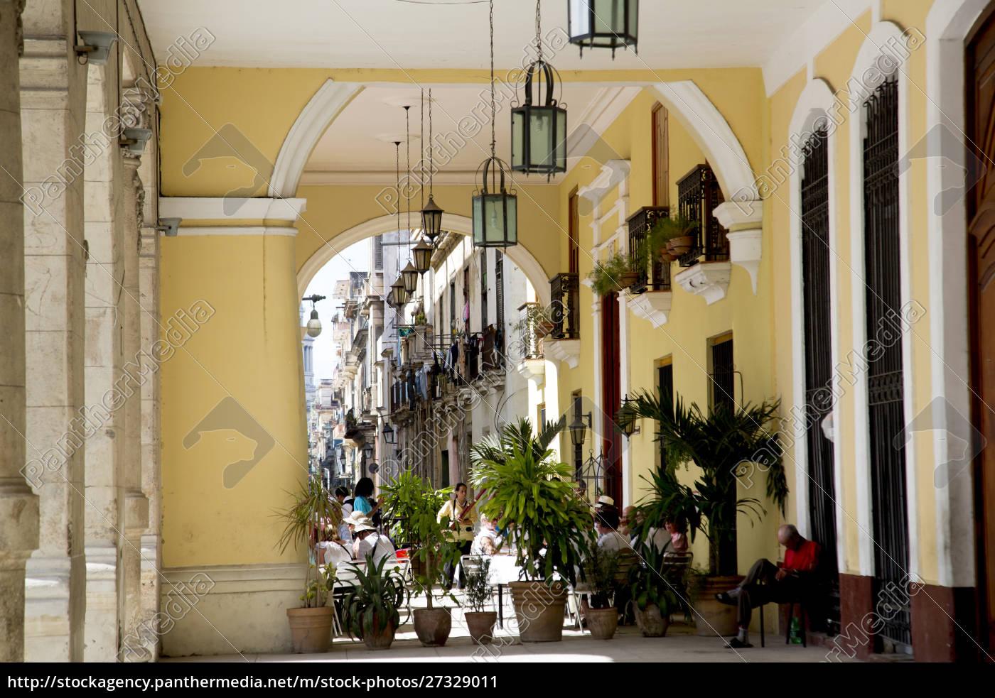 cuba, havana, colonial, arcade, old, havana, (la, habana, vieja) - 27329011