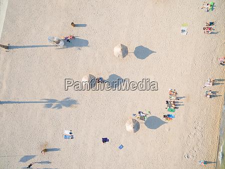 aerialof turister pa populaere zrce strand