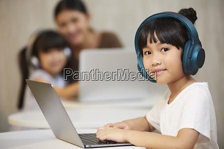 skolebarn skoleliv