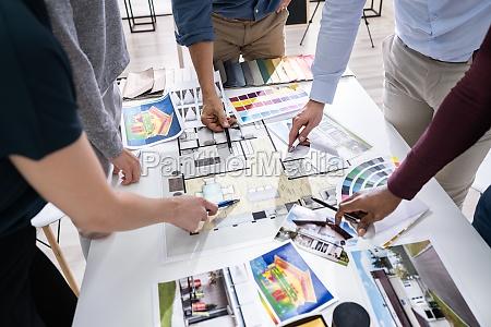 designere, der, arbejder, på, farvevalg, til, house - 28135171