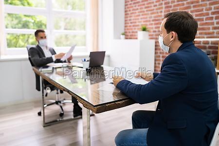 jobsamtale forretningsmode pa law office