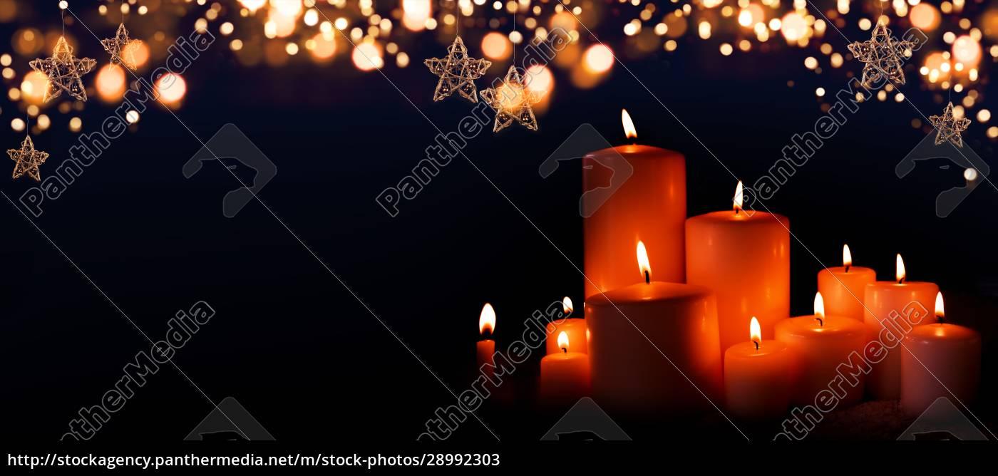 brændende, stearinlys, i, juleaften - 28992303