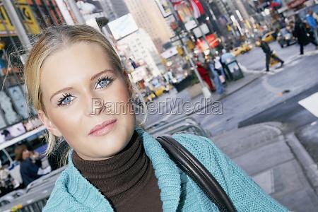 portraet af en teenagepige