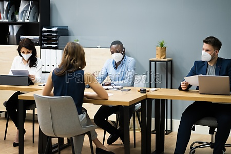 business manager jobsamtale talking