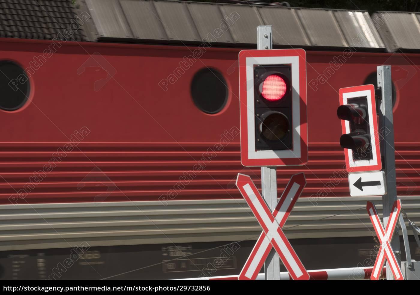 railroad, crossing, in, train, traffic - 29732856