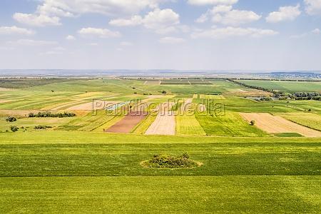 luftfoto af landbrugslandskaber med marker oblast
